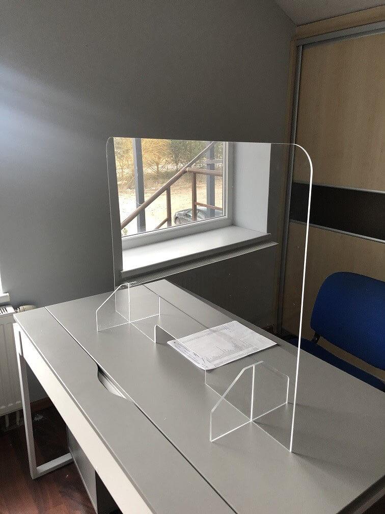 Protecion en plexiglass